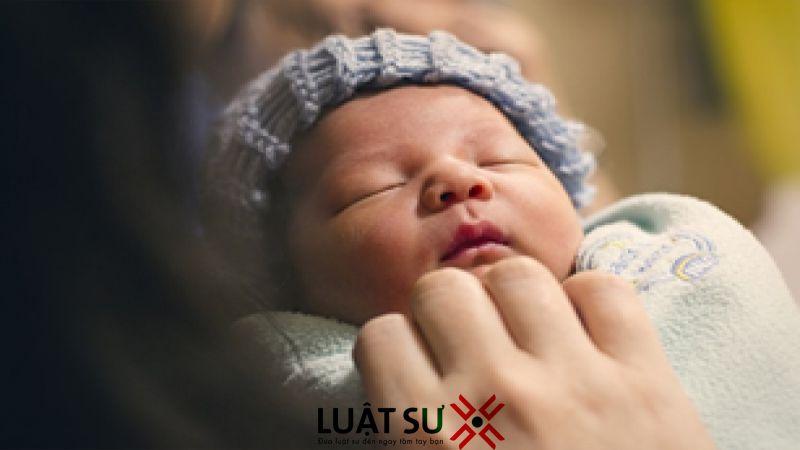 Cha, mẹ trong tù, đăng ký khai sinh cho con thế nào?