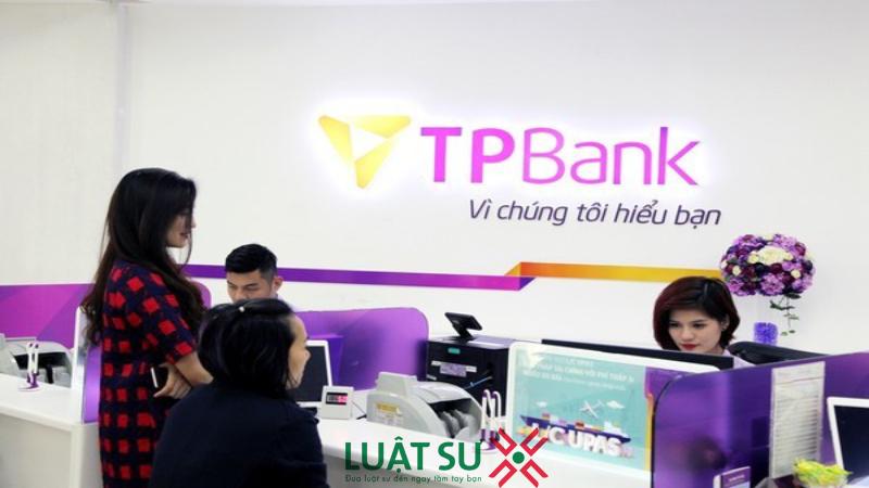 Phó nữ giám đốc chi nhánh ngân hàng TPBank tất toán khống 5 sổ tiết kiệm của khách hàng sẽ bị xử lý như thế nào?